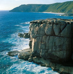 The Gap in Albany Western Australia truly breathtaking.  Jump on a tour with Sightseeing Pass Australia and Busy Blue Bus