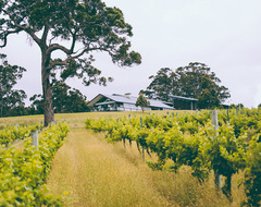 Great Southern Wine Trail with Sightseeing Pass Australia & Busy Blue Bus