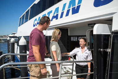 Jump on board this scenic swan river cruise and enjoy a delicious lunch