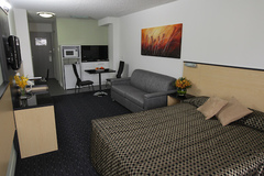 Book the Comfort Inn & Suites Goodearth Hotel Perth a perfect choice for those on a budget but want a central hotel location