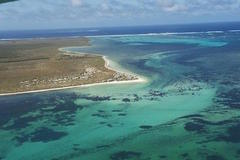 Stunning Abrolhos Islands from the air with a Kalbarri Scenic Flight