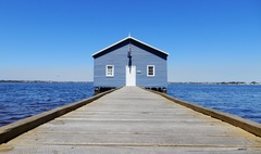 Visit the famous Blue Boat Shed on this relaxing bike tour of Perth.  Book today with the experts online Sightseeing Pass Australia