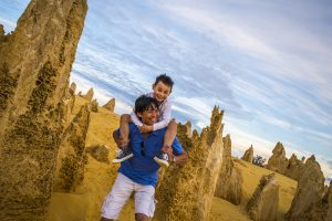 the-pinnacles-family-fun-outing-western-australia-cervantes